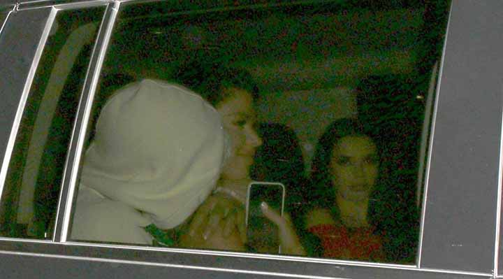 Sergio Aguero Bersama Empat Gadis keluar dari Klub Malam