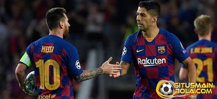 Suarez Sebut Messi Tersiksa Di Barcelona